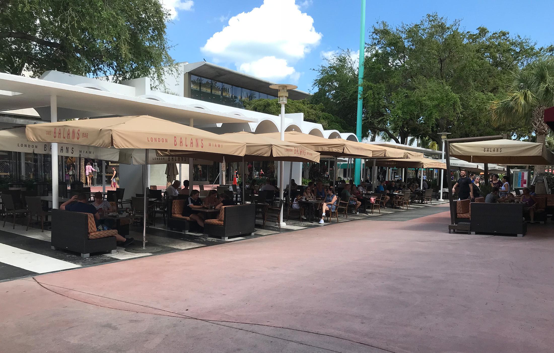 Lincoln Road BID restaurant outdoors
